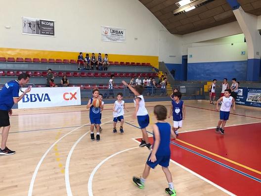 Escola de bàsquet 3x3